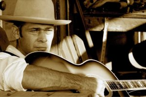 LUCKY TUBB  & THE MODERN DAY TROUBADOURS